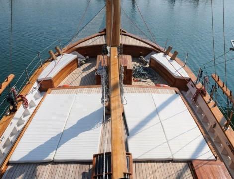 Rent a Custom Made Gulet Aegeas Alimos