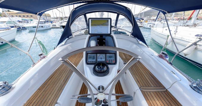 Rental yacht Trogir - Bavaria Bavaria 34 Cruiser - 2 cab. on SamBoat