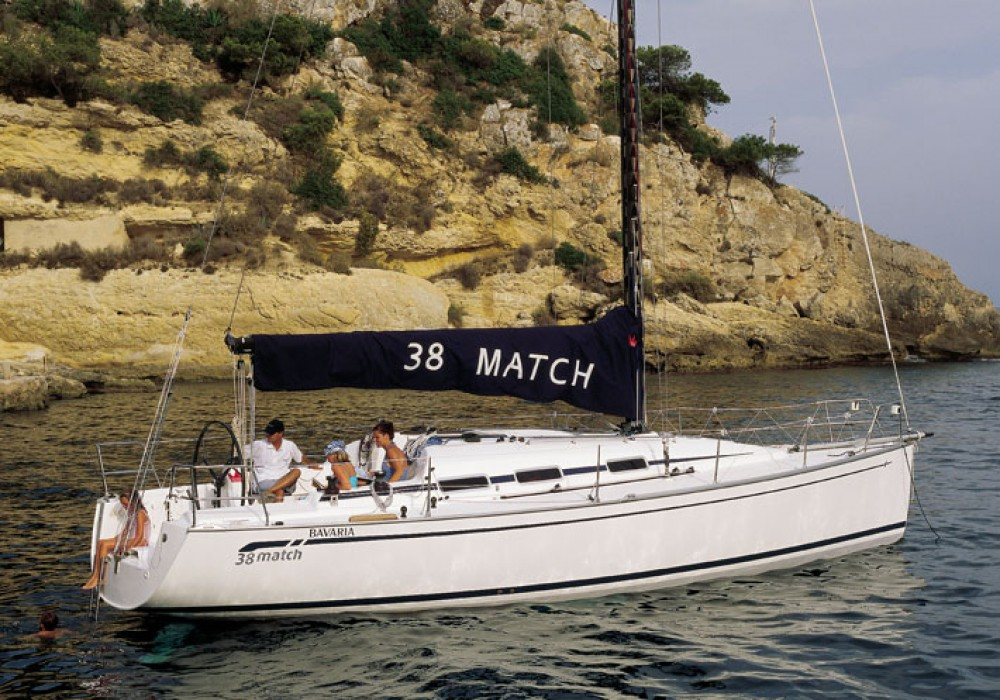 Rental Sailboat in  - Bavaria Bavaria 38 Match