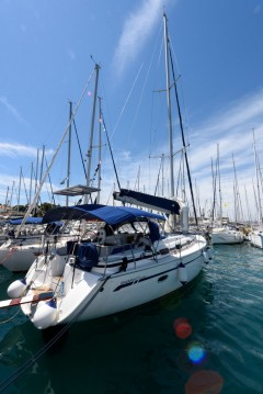 Rent a Bavaria Bavaria 39 Cruiser Trogir