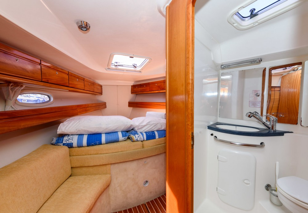 Rental yacht Trogir - Bavaria Cruiser 39 on SamBoat
