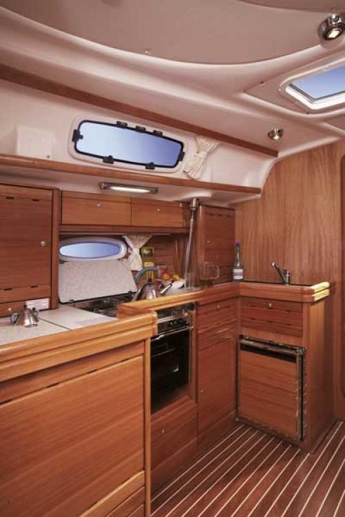 Rental Sailboat in Primošten - Bavaria Cruiser 42