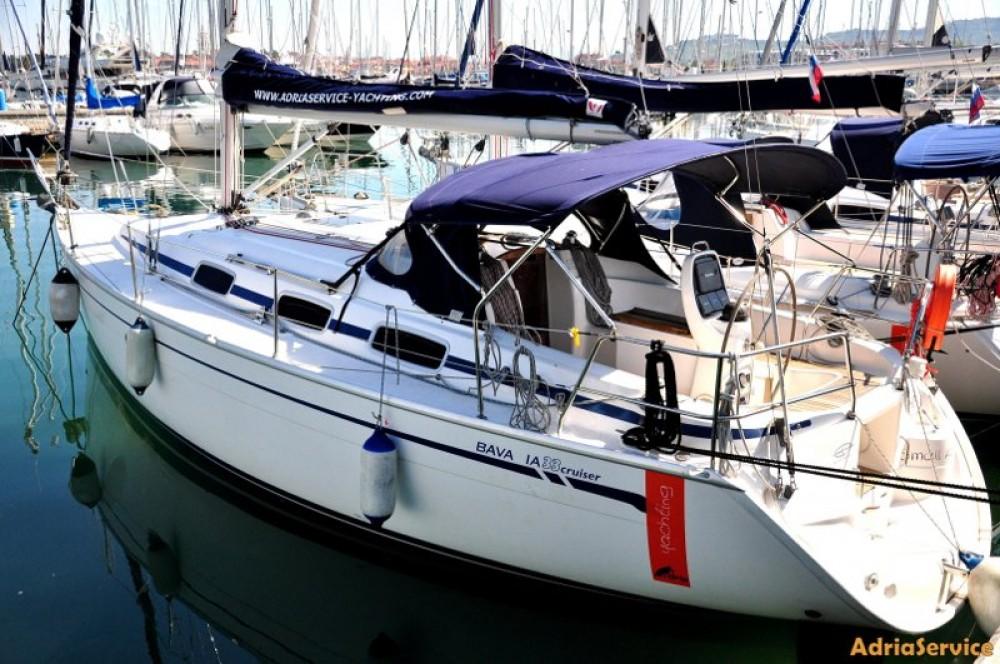Rental Sailboat in Izola / Isola - Bavaria Cruiser 33