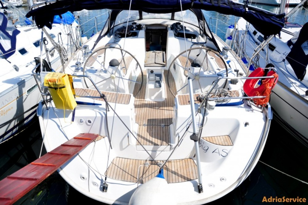 Hire Sailboat with or without skipper Bavaria Izola / Isola