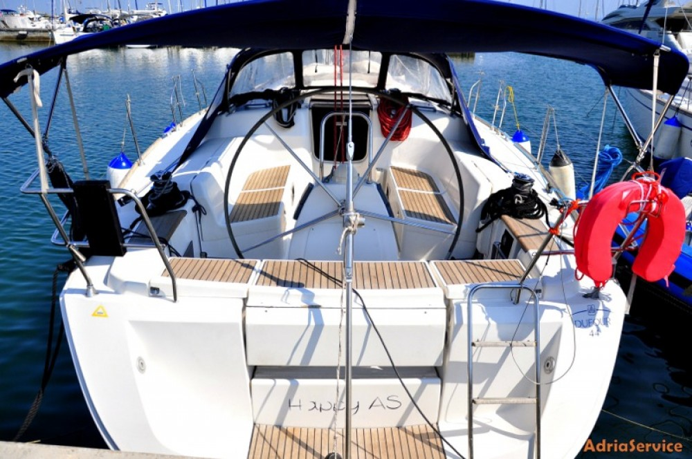 Rental Sailboat in Izola / Isola - Dufour Dufour 44