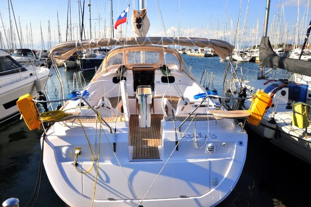 Rental Sailboat in Izola / Isola - Elan Elan 444 Impression