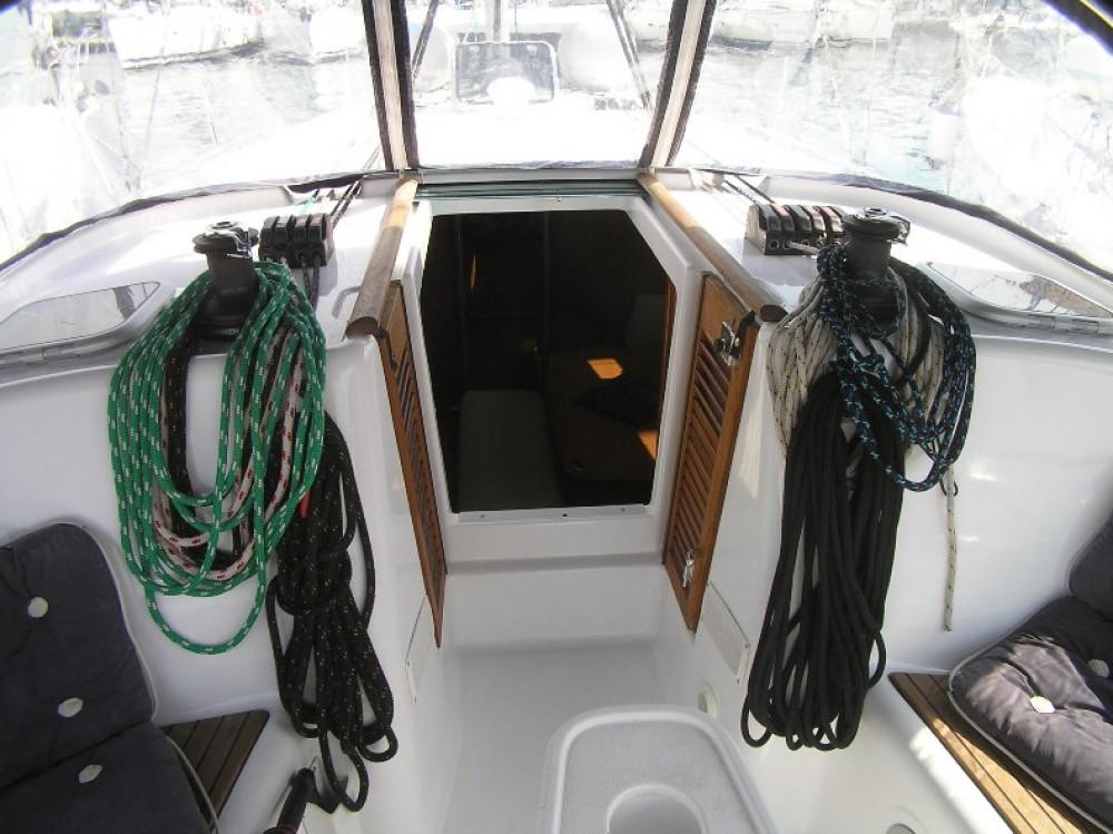 Boat rental Bénéteau Cyclades 43 in Trogir on Samboat