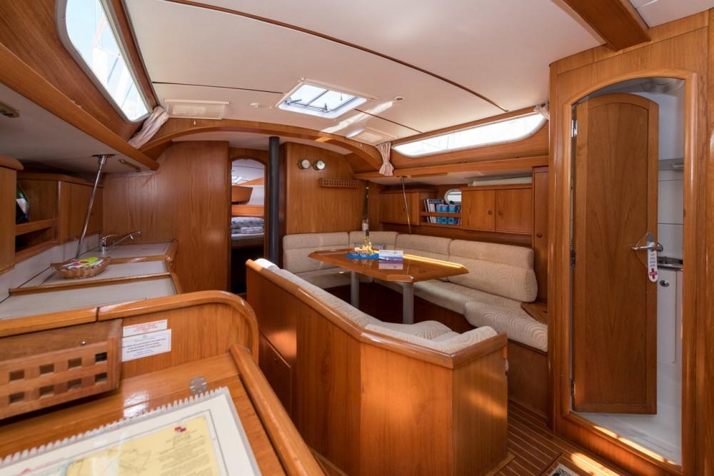 Rental yacht Trogir - Jeanneau Sun Odyssey 42.2 on SamBoat