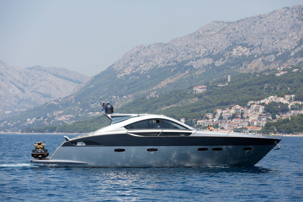 Boat rental Pearl-Sea-Yachts-Doo Pearlsea 56 Coupe in  on Samboat