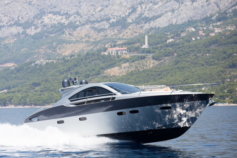 Rent a Pearl-Sea-Yachts-Doo Pearlsea 56 Coupe