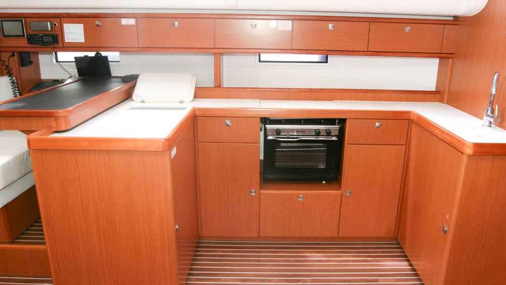 Hire Sailboat with or without skipper Bavaria Can Pastilla