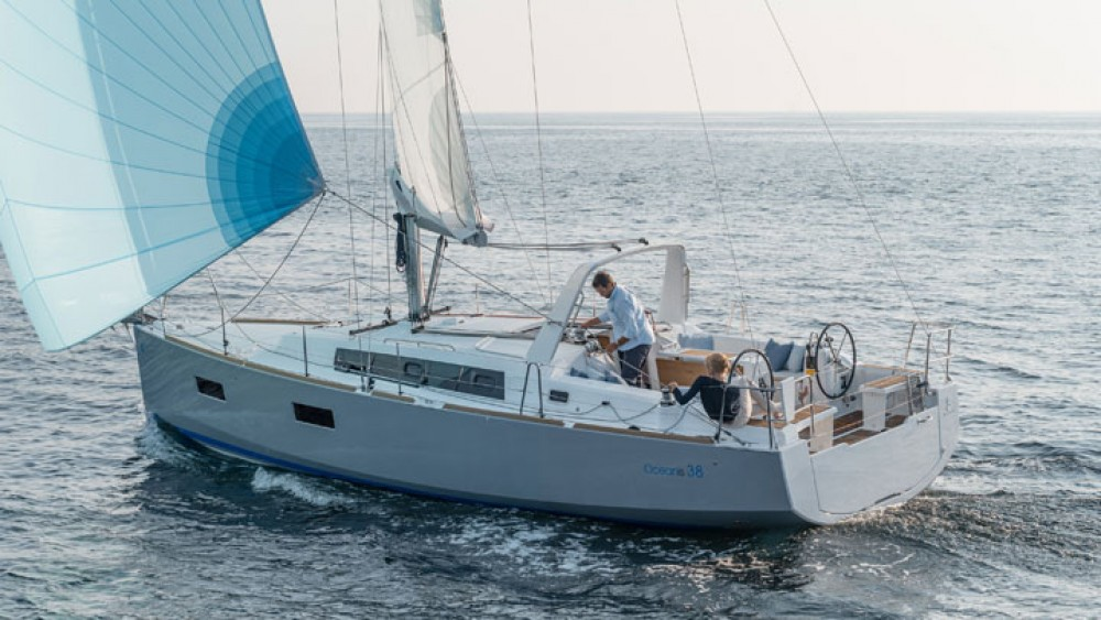 Boat rental Can Pastilla cheap Oceanis 38