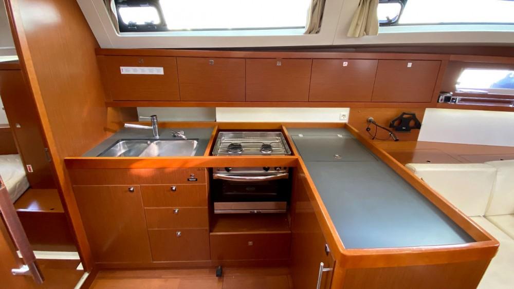 Rental Sailboat in  - Bénéteau Oceanis 41