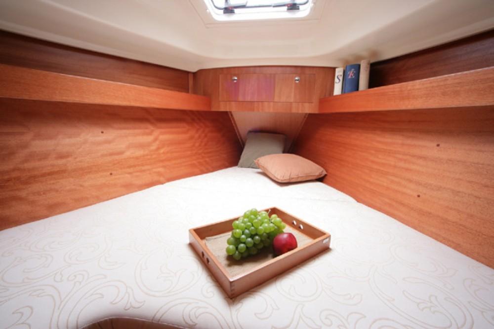 Boat rental Grad Pula cheap Elan 344 Impression