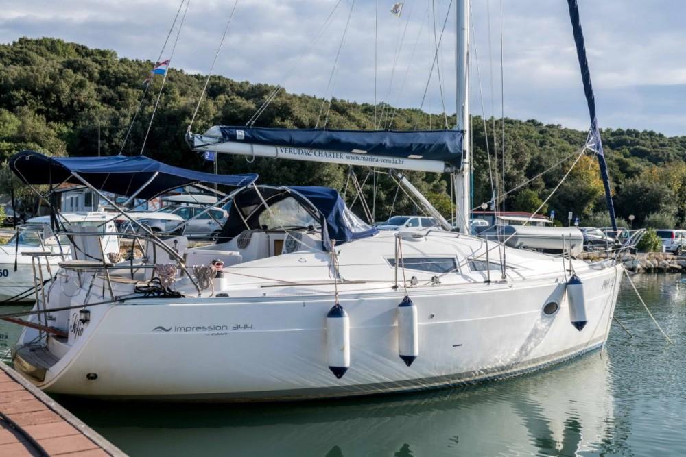 Boat rental Grad Pula cheap Elan 34