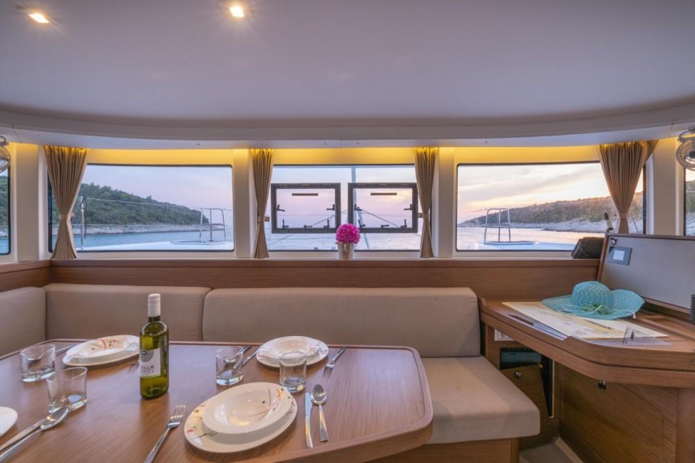 Rental yacht Pula - Lagoon Lagoon 42 on SamBoat