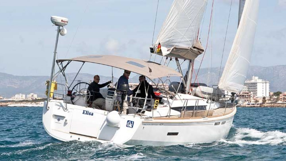 Jeanneau Sun Odyssey 409 between personal and professional Balearic Islands