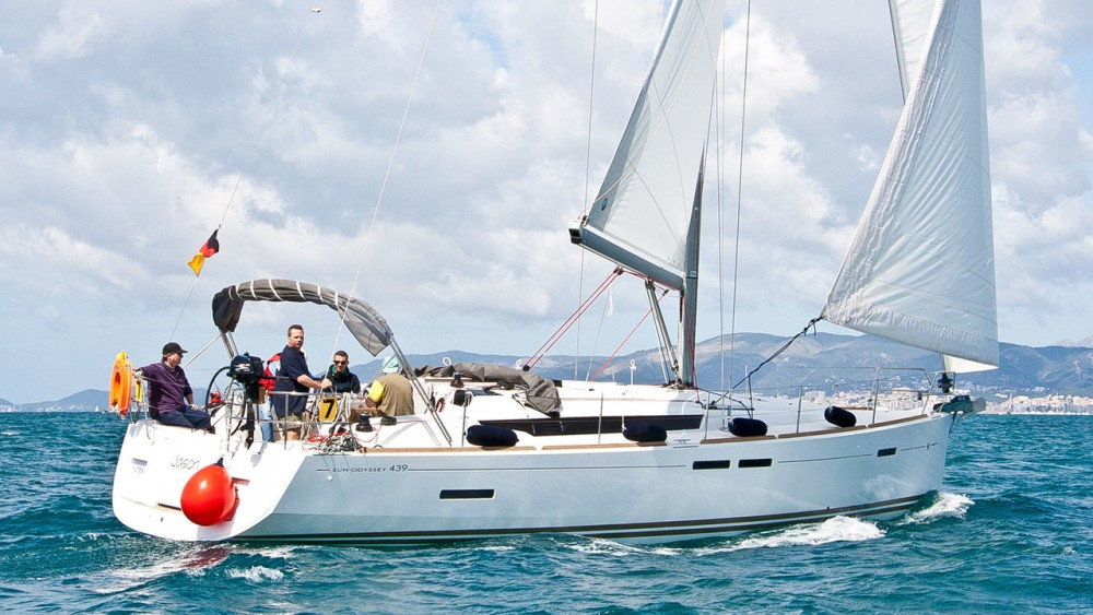 Boat rental Can Pastilla cheap Sun Odyssey 439
