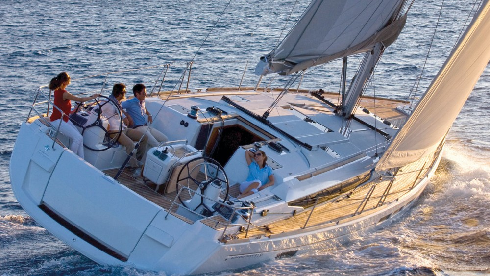 Hire Sailboat with or without skipper Jeanneau Can Pastilla