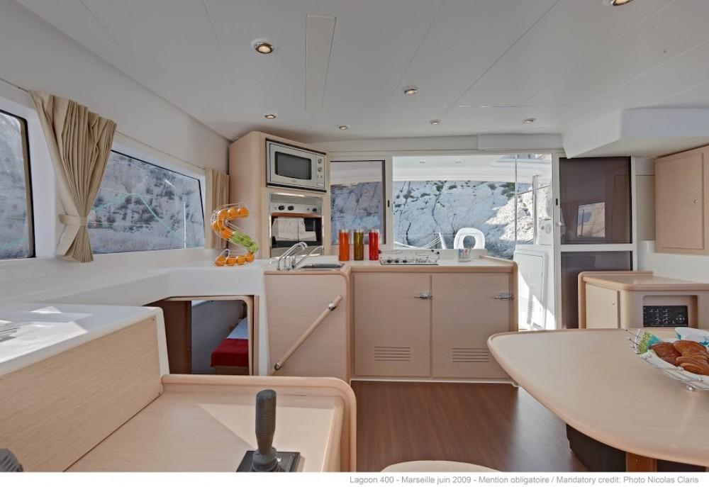 Rental Catamaran in Rogač - Lagoon Lagoon 400