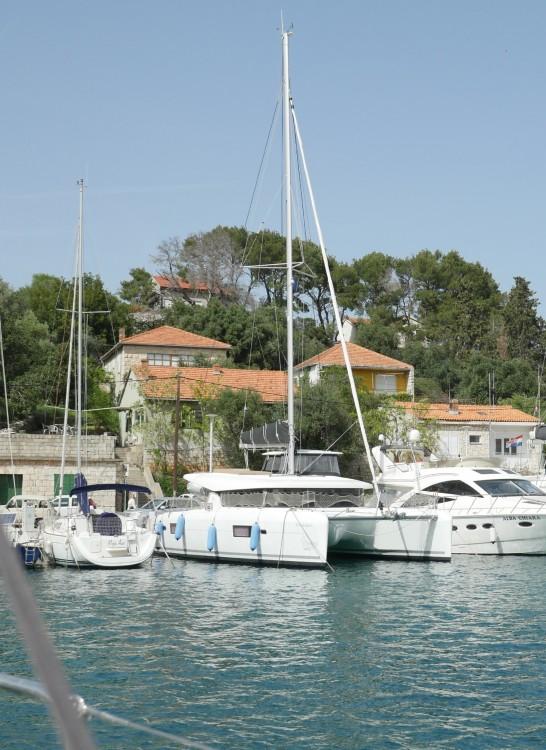 Rental yacht Rogač - Lagoon Lagoon 42 on SamBoat