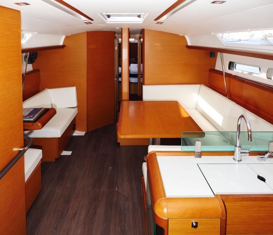 Boat rental Jeanneau Sun Odyssey 449 in Rogač on Samboat