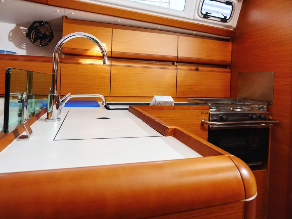 Rental Sailboat in Rogač - Jeanneau Sun Odyssey 449
