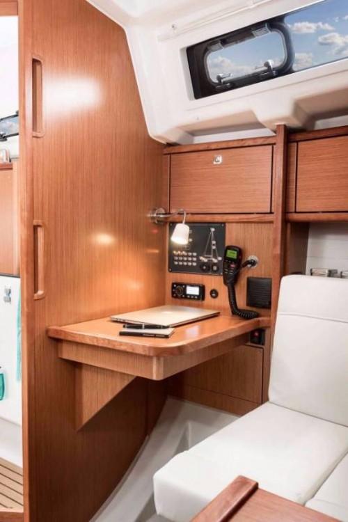 Rental yacht Split - Bavaria Bavaria Cruiser 34 on SamBoat