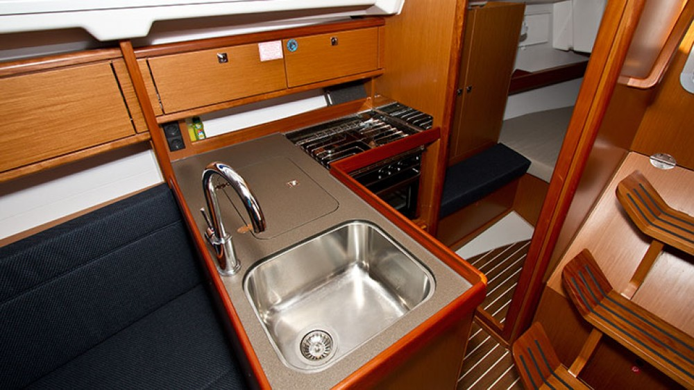 Bavaria Cruiser 34 between personal and professional