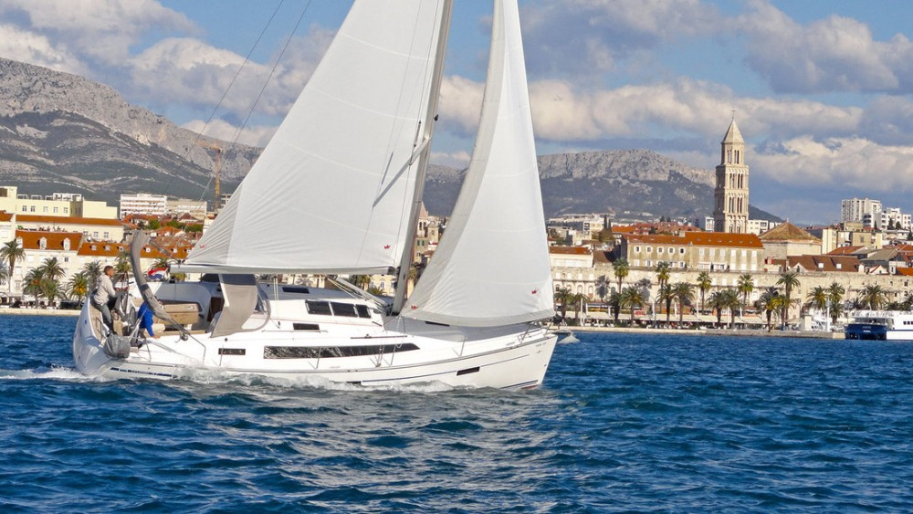 Rent a Bavaria Cruiser 37 Split