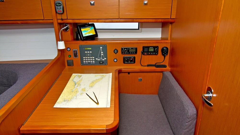 Rental yacht  - Bavaria Bavaria Cruiser 41 - 3 cab. on SamBoat