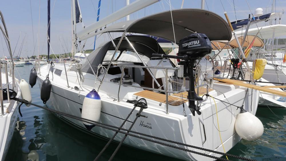 Boat rental Hanse Hanse 455 in Split on Samboat
