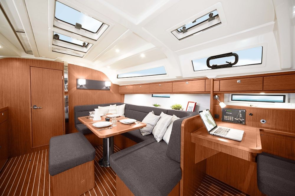 Rental yacht Lefkada - Bavaria Cruiser 41 on SamBoat