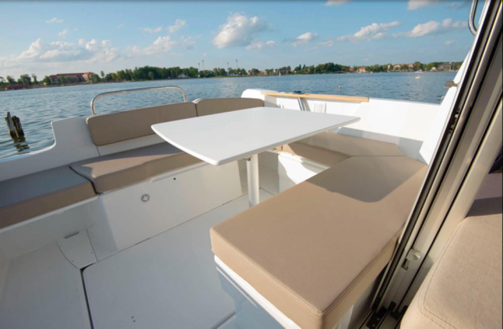 Rental yacht Trogir - Bénéteau Antares 7 on SamBoat
