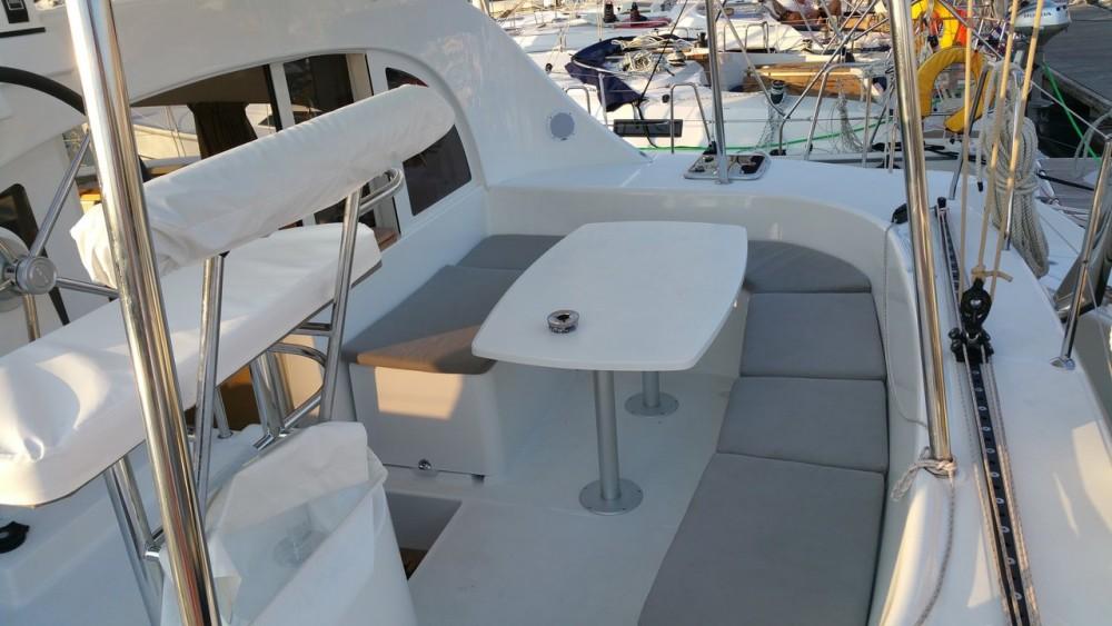 Boat rental Lagoon Lagoon 380 S2 in Lefkada on Samboat