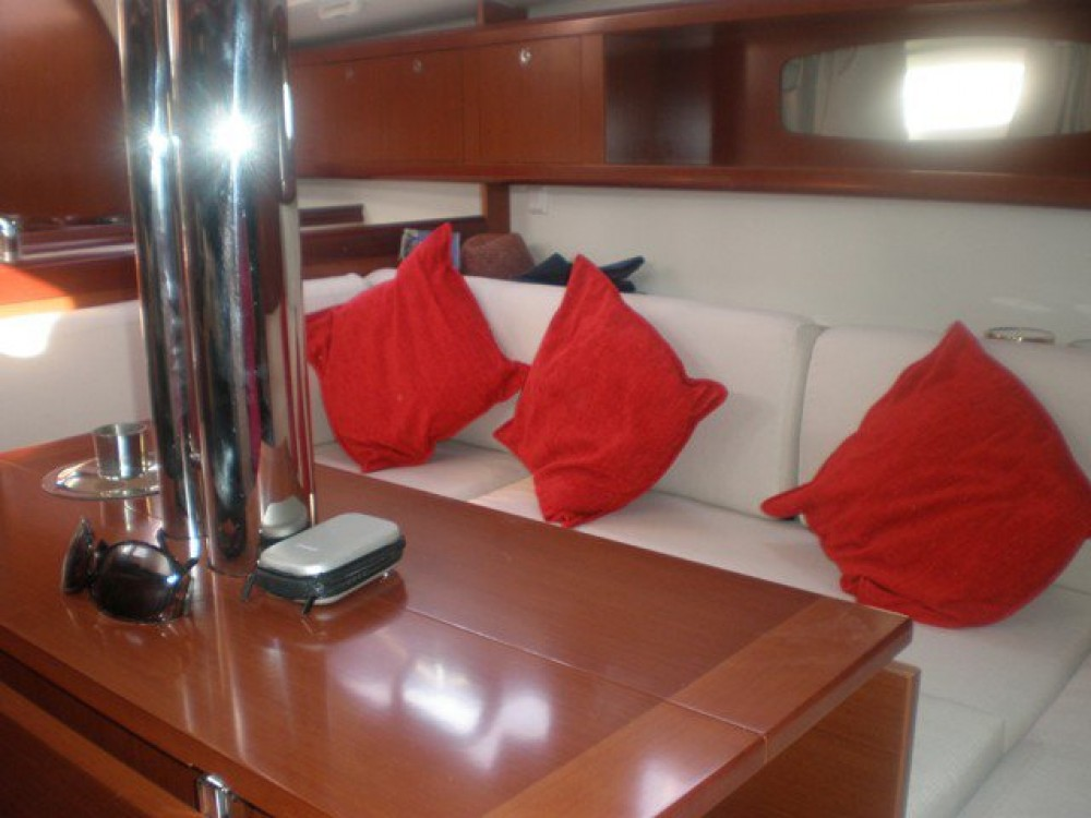 Rental Sailboat in Peloponnese - Bénéteau Oceanis 34