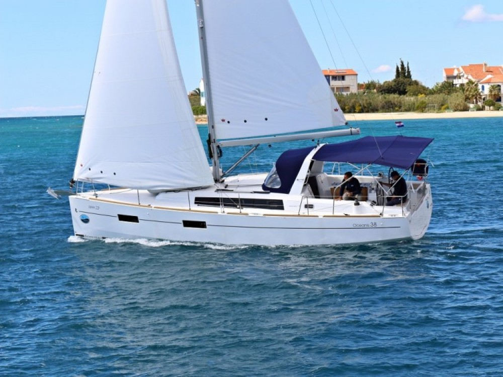 Boat rental Bénéteau Oceanis 38.1 in Lefkada on Samboat