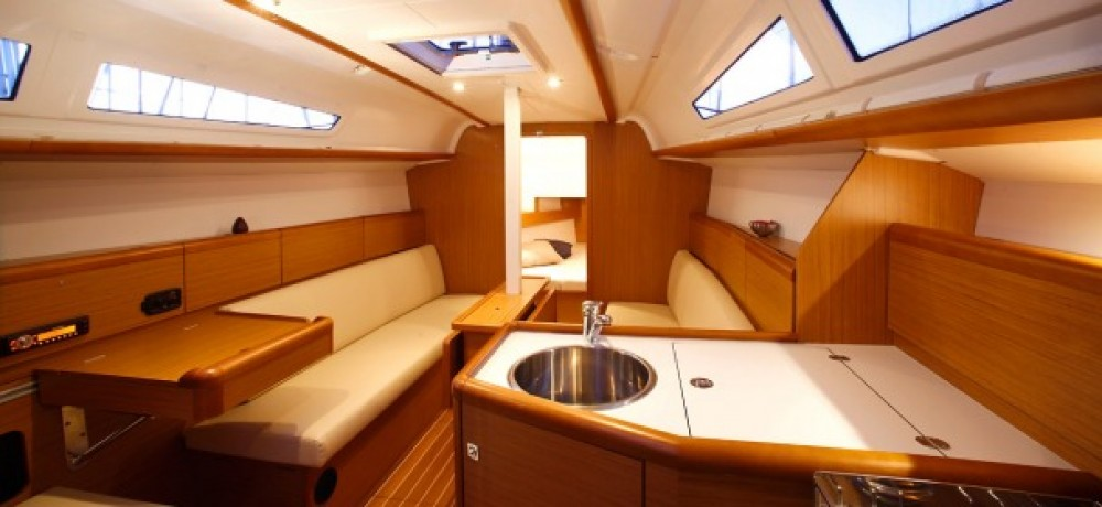 Rental yacht Corfu - Jeanneau Sun Odyssey 33i on SamBoat