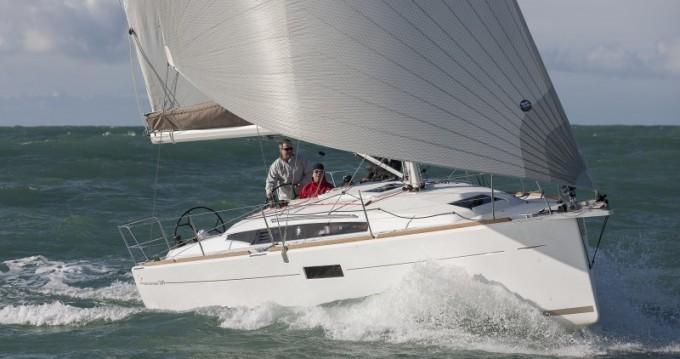 Rental yacht Alimos - Jeanneau Sun Odyssey 349 on SamBoat