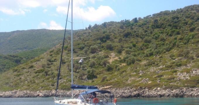 Rental Sailboat in Lefkada (Island) - Jeanneau Sun Odyssey 42i