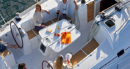 Rental yacht Anzio - Bénéteau Cyclades 50.5 on SamBoat