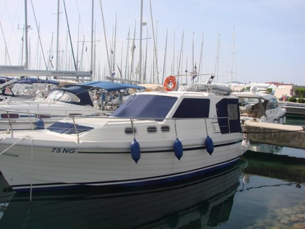 Hire Motorboat with or without skipper Sas Vektor Općina Sukošan