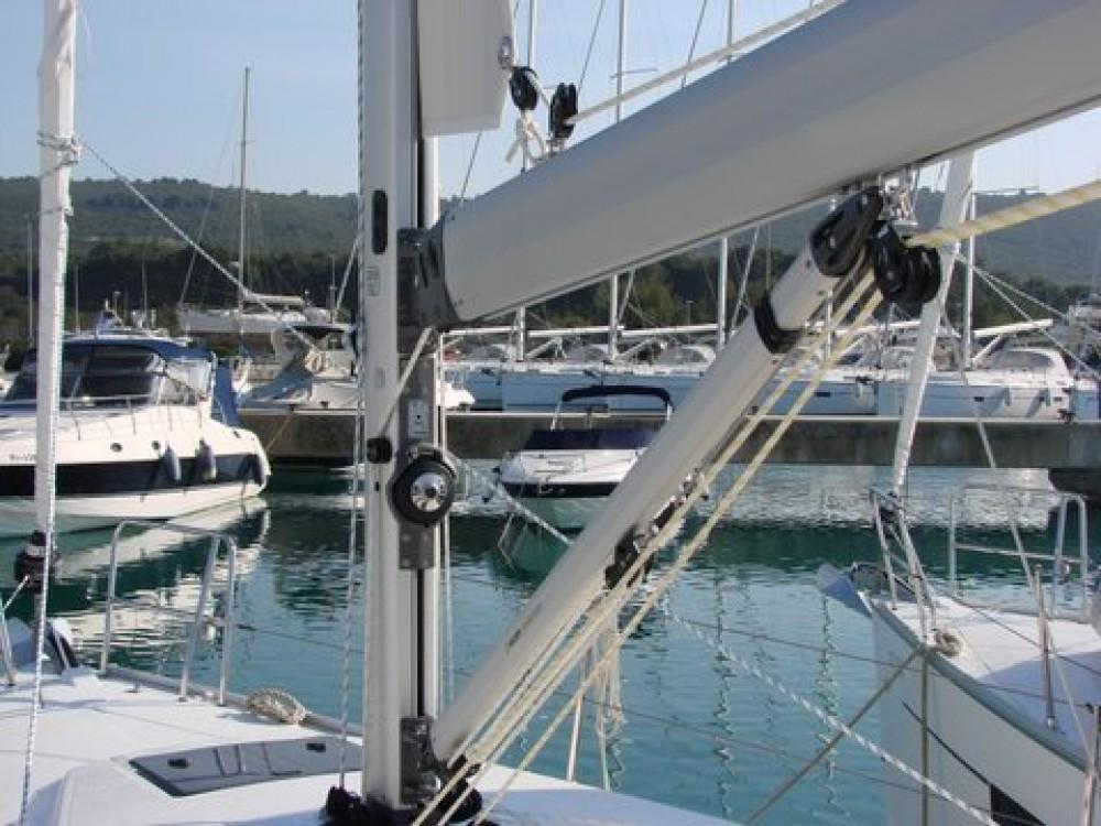 Boat rental Općina Sukošan cheap Cruiser 37