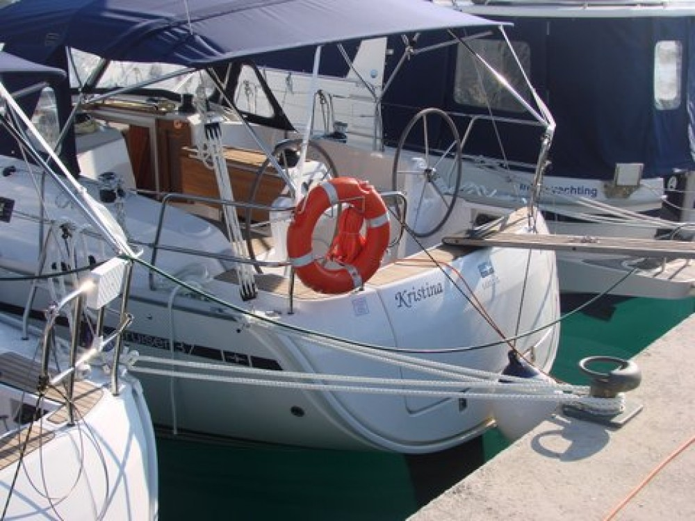Rental yacht Općina Sukošan - Bavaria Cruiser 37 on SamBoat