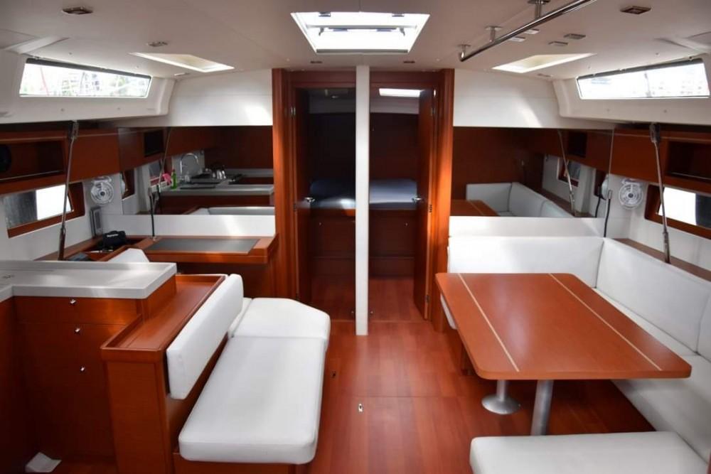 Rental yacht Peloponnese - Bénéteau Oceanis 51.1 on SamBoat