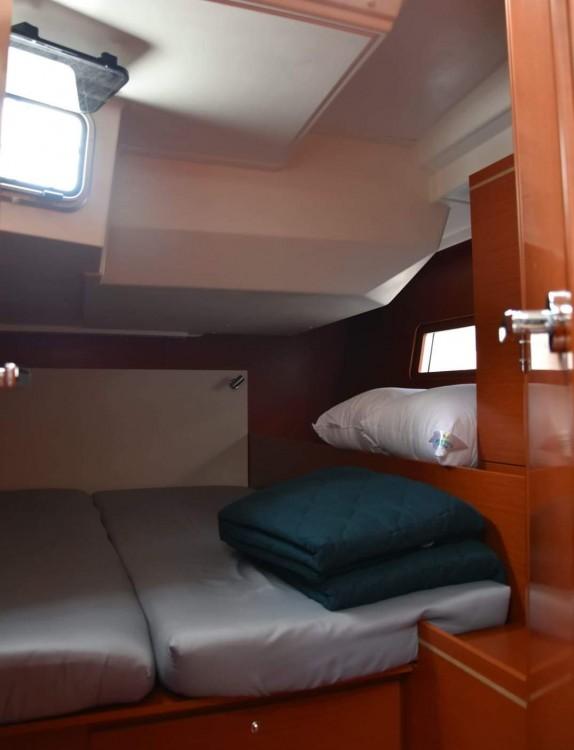 Rental Sailboat in Peloponnese - Bénéteau Oceanis 51.1