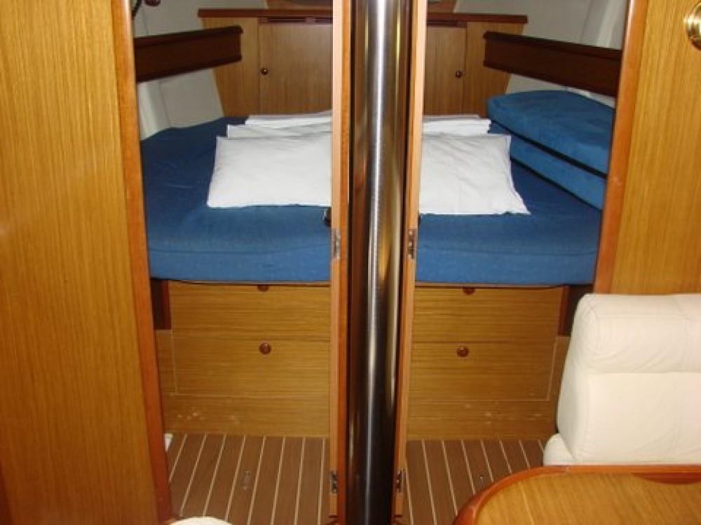 Boat rental Jeanneau Sun Odyssey 45 in Općina Sukošan on Samboat