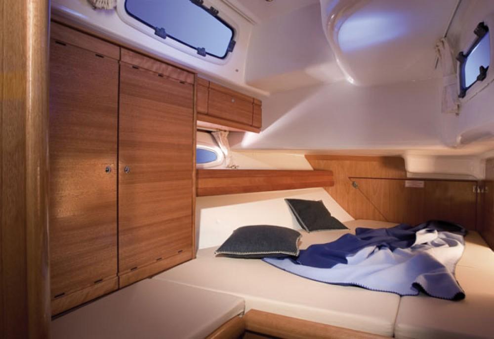 Rental yacht Kalkara - Bavaria Cruiser 50 on SamBoat