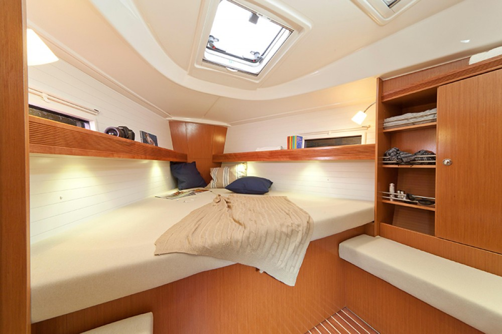 Boat rental Kalkara cheap Cruiser 36