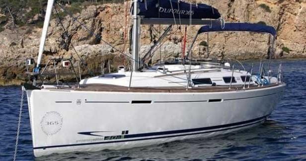 Rental Sailboat in Malta - Dufour Dufour 365 Grand Large